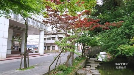 セントラル会館と松原川.jpg